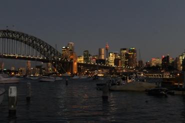 Harbour Bridge und CBD bei Nacht